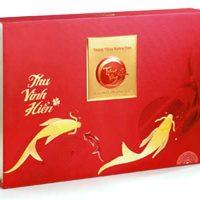 Bánh Trung Thu Kinh Đô Trăng Vàng Hoàng Kim Vinh Hiển Đỏ (4 bánh 200g+  hộp trà Olong 100g)