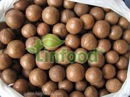 Bánh Trung Thu Kinh Đô Sữa Dừa Hạt Dưa 2 Trứng DB 250g
